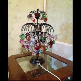 Королевские Брызги. Настольная лампа в интерьере